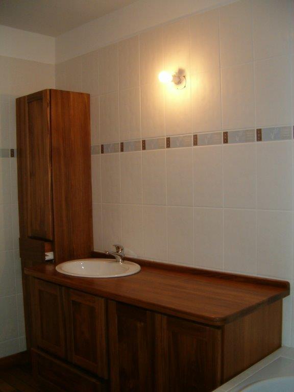 Meubles de salle de bain sur-mesure en teck - Etaimpuis