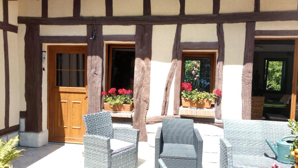 Fenêtres et portes en PVC sur-maison normande - Hénouville