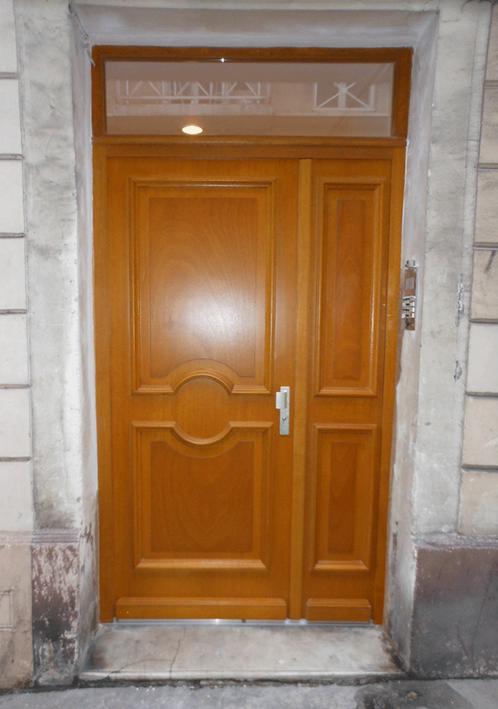 Porte d'entrée en bois - Rouen