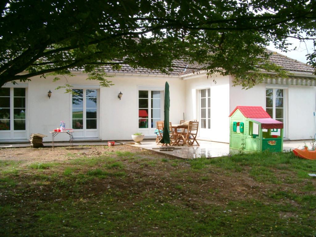 Porte fenêtres PVC - La Neuville Chant d'Oisel
